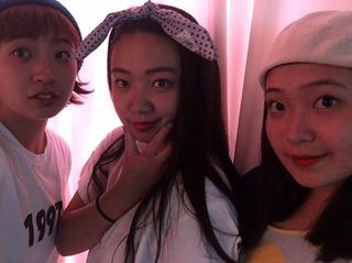 3人娘3.JPG