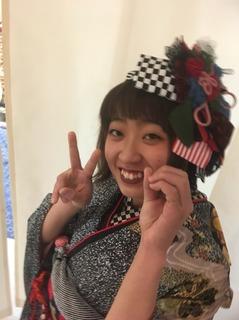 美帆成人式3.JPG